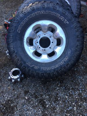 Set of 4 super duty f350 f250 rims and mud tires for Sale in Auburn, WA