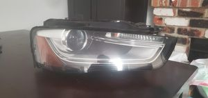 Audi S4 b8.5 passenger headlight. Bi-Xenon HID for Sale in Seattle, WA