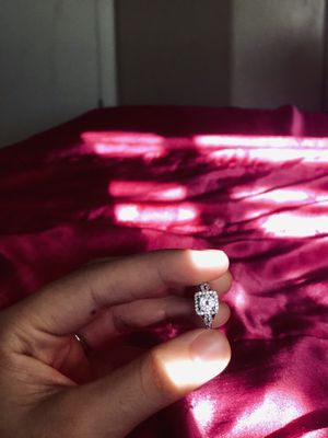ENGAGEMENT RING for Sale in El Mirage, AZ