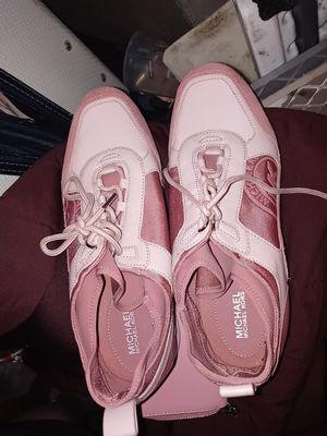 Michael kors women's shoes size 10 for Sale in Seattle, WA