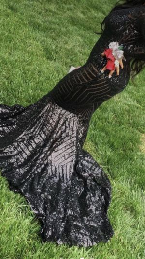 Mermaid prom dress for Sale in Baltimore, MD