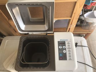 Toastmaster Automatic bread maker for Sale in Marble Falls,  TX