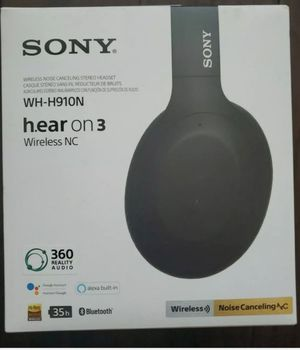 HEADPHONE BRAND NEW SONY for Sale in Schaumburg, IL