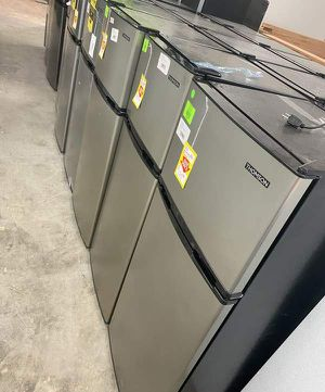 Mini fridge liquidation sale 😎😎😎😎🤩🤩‼️‼️‼️🤯🤯🤯⚡️⚡️⚡️👍🏽👍🏽 6N for Sale in Houston, TX