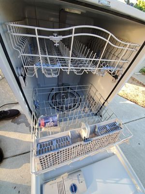 WhirlPool Dishwasher Stainless Steel for Sale in Fresno, CA