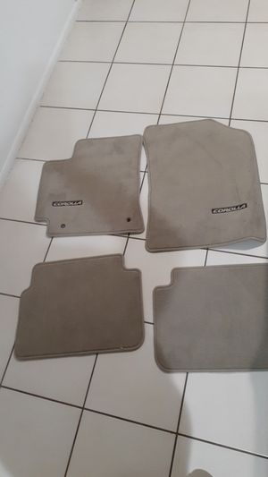 Toyota Corolla 2007-2011 Tan Floor Mats OEM set of 4 for Sale in Fort Lauderdale, FL