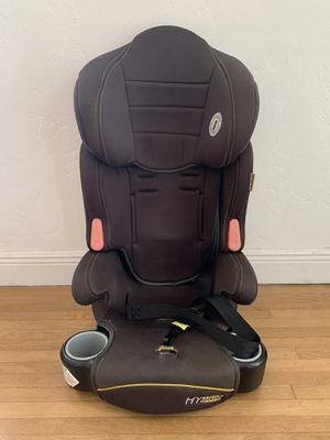 Baby Trend 3-in-1 booster car seat for Sale in Miami, FL