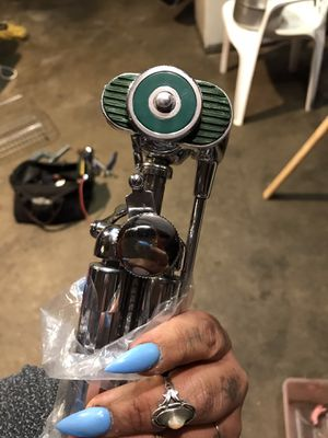 VINTAGE TRIPOD STAND FROM JAPAN for Sale in La Puente, CA