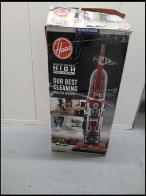 Hoover High Performance Upright Vacuum Cleaner w/ Filter Made with HEPA Media for Sale in Whittier, CA