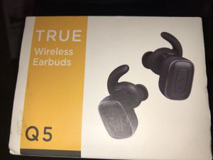Pair of wireless earbuds for Sale in Nashville, TN