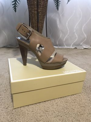 Michael kors shoes for Sale in Marysville, WA