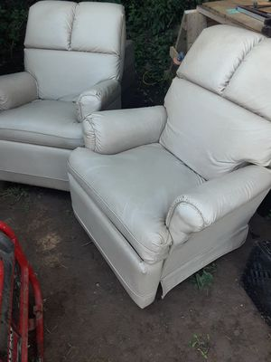 Leather recliners matching for Sale in Nashville, TN