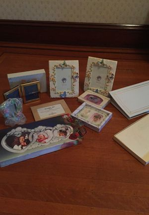 Frames and Photo Albums for Sale in Pawtucket, RI