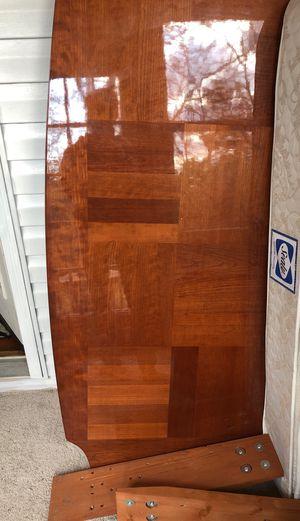 Queen bed frame for Sale in Nashville, TN