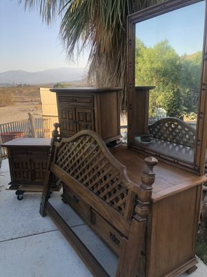 Vintage real wood bedroom set.. standard for Sale in Palm Springs, CA