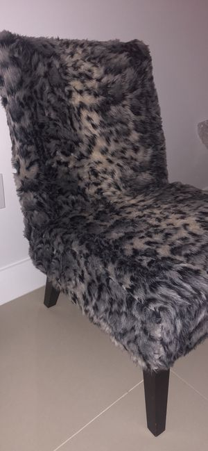Faux Fur Chair and ottoman for Sale in Pompano Beach, FL