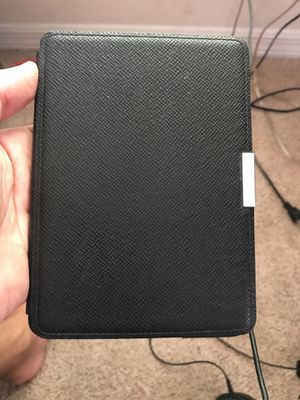 Kindle Paper-white 2nd Gen w/ cover for Sale in Orlando, FL