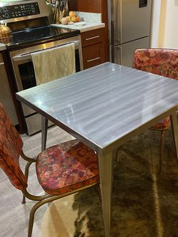 Metal Square Kitchen Table for Sale in Seattle,  WA
