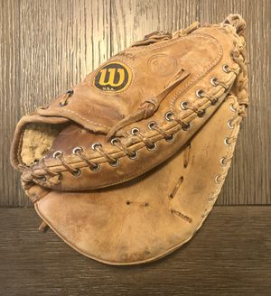 """WILSON """"The A2403"""" Pro-Toe Professional Catchers Mitt Glove A2000 RHT for Sale in Fresno, CA"""
