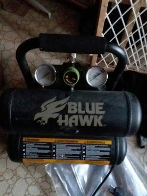 Blue hawk 2 gallon air compressor for Sale in Las Vegas, NV