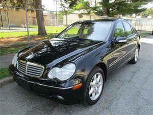 2002 Mercedes Benz C240 FOR PARTS for Sale in Largo, FL