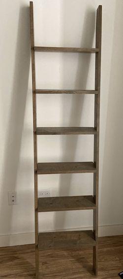 6ft Deep Shelf Ladder for Sale in Aurora,  IL