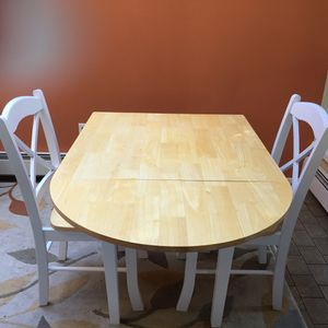 Kitchen table with two chairs for Sale in Kirkland, WA