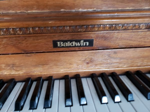 Antique piano in good condition