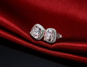 4CARAT LAB CREATED DIAMOND 925 STERLING SILVER EARRINGS, 😊😚🙈 I DELIVER I SHIP ,LETS MEET AND GET THIS AWESOME PIECE😎 for Sale in Miami, FL