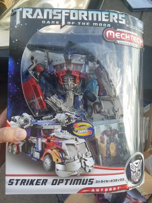 Rare Japanese Takara Striker Optimus Prime Transformer for Sale in Newberg, OR