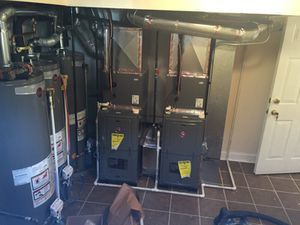 Rheem 80% and 90%. Water heater and furnace for Sale in Chicago, IL