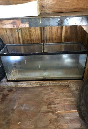 Hundred gallon aquarium with water filters and water pot for Sale in St. Petersburg, FL