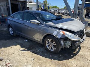 2013 Hyundai Sonata for parts only (low miles) for Sale in Modesto, CA