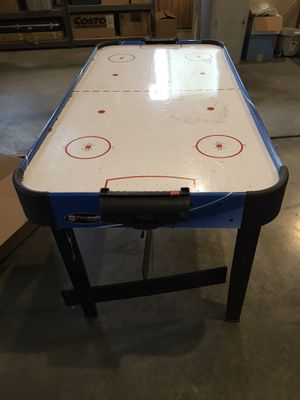 Small air hockey table for Sale in Gresham, OR