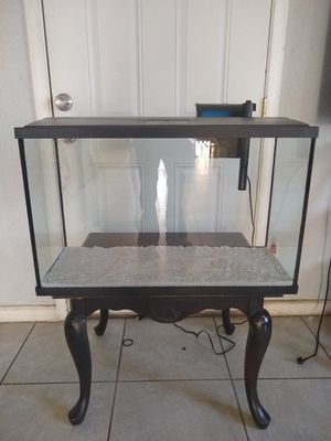 Aquarium 29 gallons with top, filter, sand. **** LIKE NEW*** no cracks, scratches, chips, super clean. for Sale in Lake Elsinore, CA