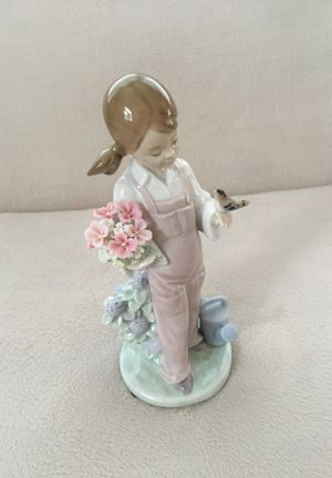 "Lladro ""Spring"" Figurine for Sale in Aurora, IL"