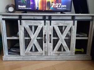 TV Console for Sale in Washington, DC