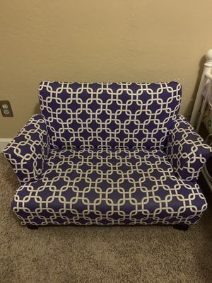 Child size couch for Sale in Laveen Village, AZ