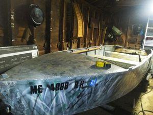 16 foot boat for Sale in Hazel Park, MI