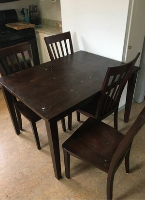 Kitchen table & chairs for Sale in Tukwila, WA