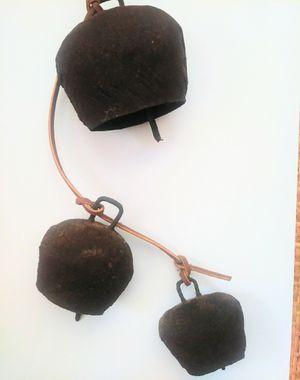 Antique Primitive Cowbells wind chimes 3 bells for Sale in Sebastian, FL