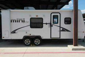 2014 Rockwood 2304 mini for Sale in Frisco, TX