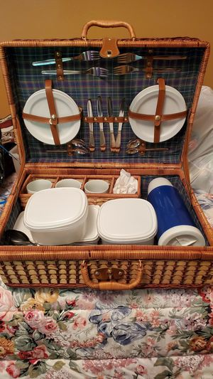 Vintage Picnic set for Sale in Oregon City, OR