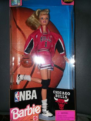 1998 Chicago Bulls Barbie (new) for Sale in Baytown, TX