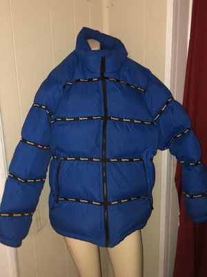 Supreme Letter large coat for Sale in Chattanooga, TN