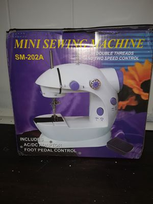 Sewing machine for Sale in St. Petersburg, FL