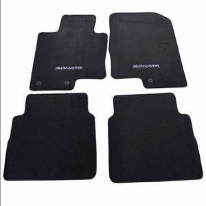 Carpeted Floormats for Hyundai Sonata (new). for Sale in Fairfax, VA