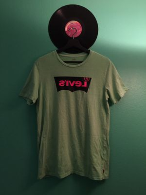Levi's Logo Neon Green Tshirt for Sale in La Mesa, CA