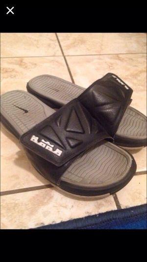 Lebron slides size 9 for Sale in Hialeah, FL