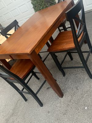 TALL DINING SET for Sale in Fresno, CA